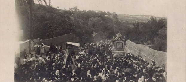 1948, L'EFFIGE DELLA MADONNA DELLA CONSOLAZIONE IN PROCESSIONE PER 60 GIORNI TRA LE VIE DELL'ARCIDIOCESI
