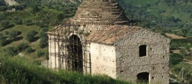 BELLEZZE DI CALABRIA: IL MONUMENTO DI SAN NICOLA DA TALENTINO A STILO