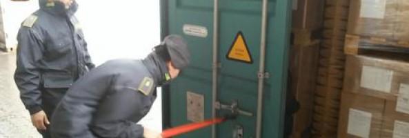 Sequestrati 25 kg di cocaina nel porto Gioia Tauro