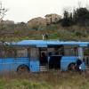 Migrante accoltella autista, carabinieri sparano