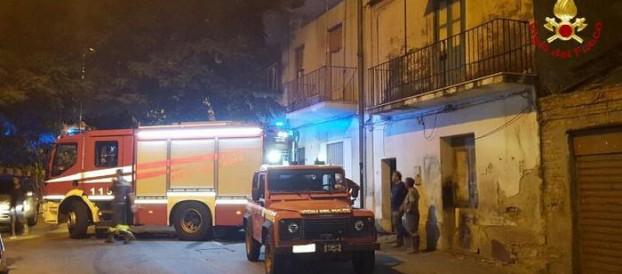 Incendio in area poligono di tiro Reggio