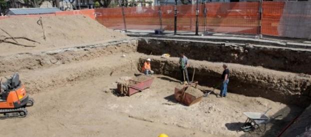 RICOPERTI I REPERTI ARCHEOLOGICI DI PIAZZA GARIBALDI A REGGIO CALABRIA