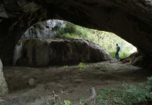 Grotta Petrosa