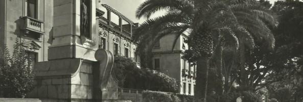 BELLEZZE SUL LUNGOMARE DI REGGIO CALABRIA: LA FONTANA MONUMENTALE